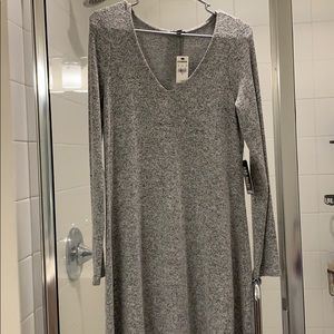 BNWT Express Grey dress with sleeves size SMALL